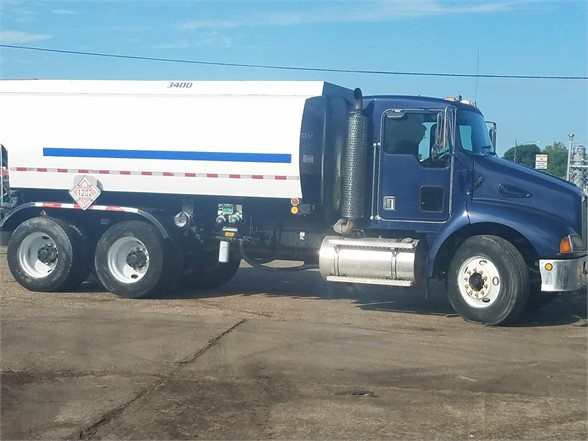 USED 1999 KENWORTH T300 FUEL-LUBE TRUCK #2896