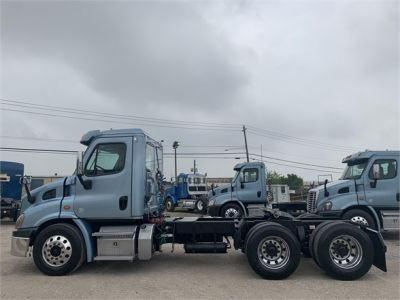 USED 2014 FREIGHTLINER CASCADIA 113 DAYCAB TRUCK #2906-5