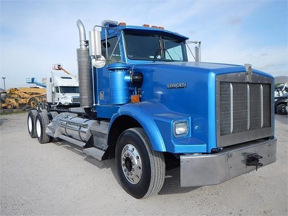 USED 2000 KENWORTH T800 DAYCAB TRUCK #2916