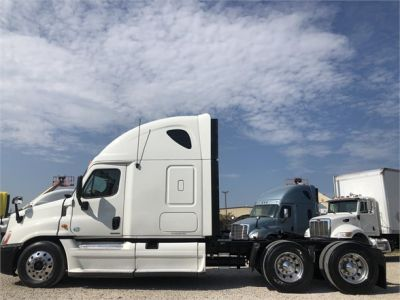 USED 2012 FREIGHTLINER CASCADIA 125 SLEEPER TRUCK #2989-4