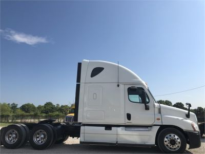 USED 2012 FREIGHTLINER CASCADIA 125 SLEEPER TRUCK #2989-9