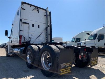 USED 2010 FREIGHTLINER CASCADIA 125 SLEEPER TRUCK #3162-6