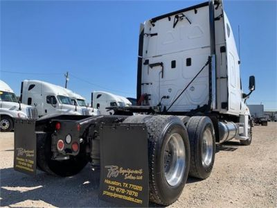 USED 2010 FREIGHTLINER CASCADIA 125 SLEEPER TRUCK #3162-8