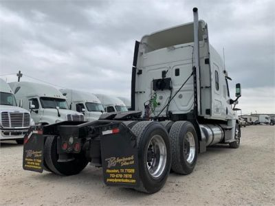 USED 2012 FREIGHTLINER CASCADIA 125 SLEEPER TRUCK #3193-8