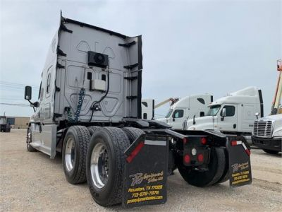 USED 2016 FREIGHTLINER CASCADIA 125 SLEEPER TRUCK #3239-6