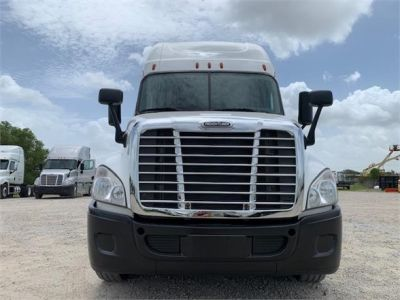 USED 2016 FREIGHTLINER CASCADIA 125 SLEEPER TRUCK #3247-2