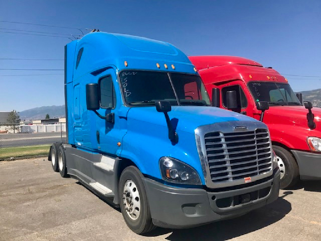 USED 2016 FREIGHTLINER CASCADIA 125 EVOLUTION SLEEPER TRUCK #10890