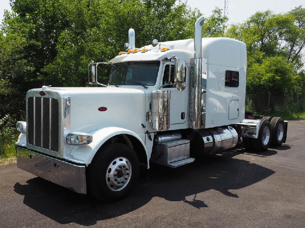 USED 2019 PETERBILT 389 TANDEM AXLE SLEEPER TRUCK #10902