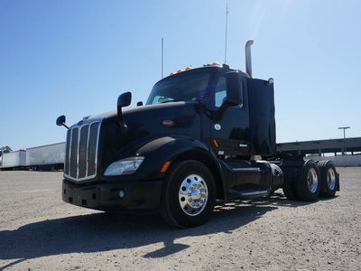 USED 2015 PETERBILT 579 TANDEM AXLE SLEEPER TRUCK #11546-1