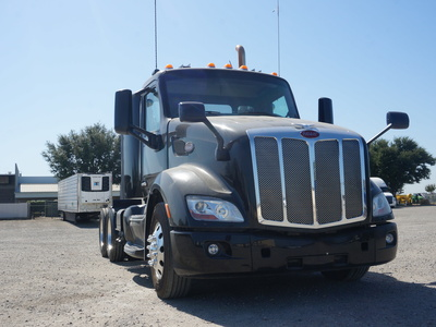 USED 2015 PETERBILT 579 TANDEM AXLE SLEEPER TRUCK #11546-2