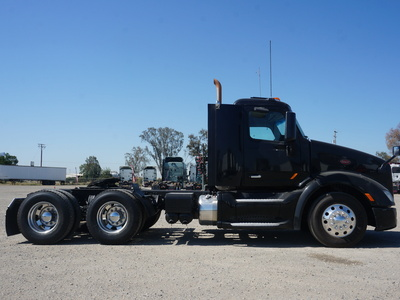 USED 2015 PETERBILT 579 TANDEM AXLE SLEEPER TRUCK #11546-4