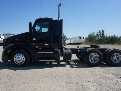 USED 2015 PETERBILT 579 TANDEM AXLE SLEEPER TRUCK #11546-7