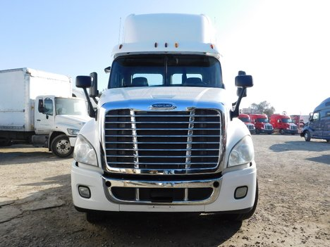 USED 2013 FREIGHTLINER CASCADIA 113DC TANDEM AXLE DAYCAB TRUCK #12658-2
