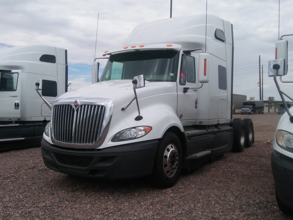 USED 2014 INTERNATIONAL PROSTAR TANDEM AXLE SLEEPER TRUCK #8573
