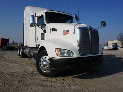 USED 2013 KENWORTH T660 TANDEM AXLE SLEEPER TRUCK #8892-1