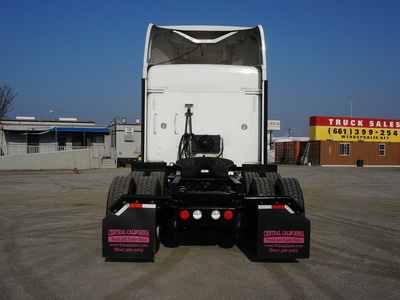 USED 2013 KENWORTH T660 TANDEM AXLE SLEEPER TRUCK #8892-12