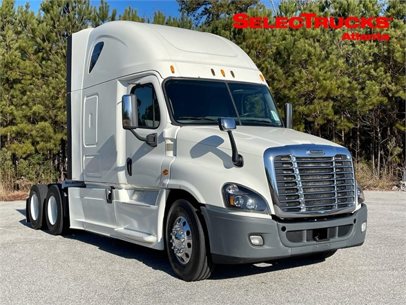USED 2015 FREIGHTLINER CASCADIA 125 SLEEPER TRUCK #1468