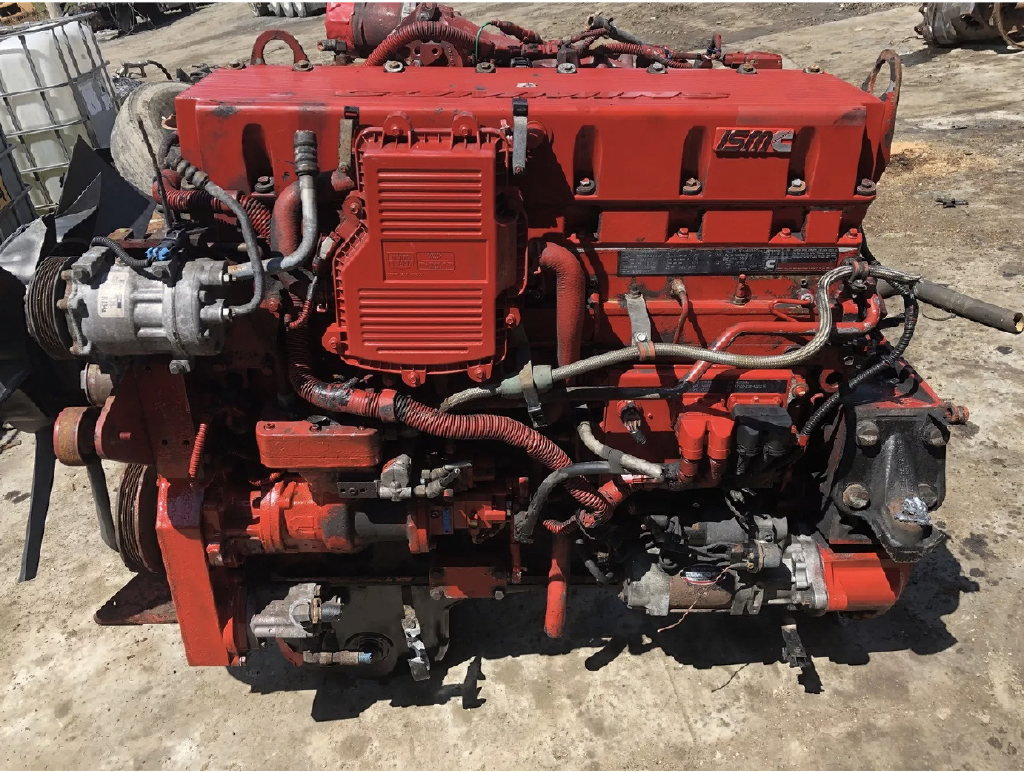 USED 2007 CUMMINS ISM COMPLETE ENGINE TRUCK PARTS #1001