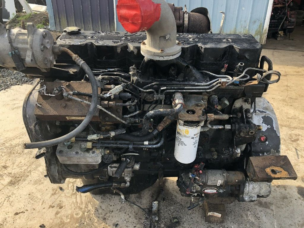 USED CUMMINS ISC 260 COMPLETE ENGINE TRUCK PARTS #1309