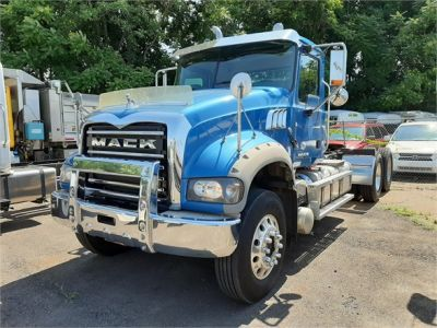 USED 2016 MACK GRANITE GU713 DAYCAB TRUCK #1035-2