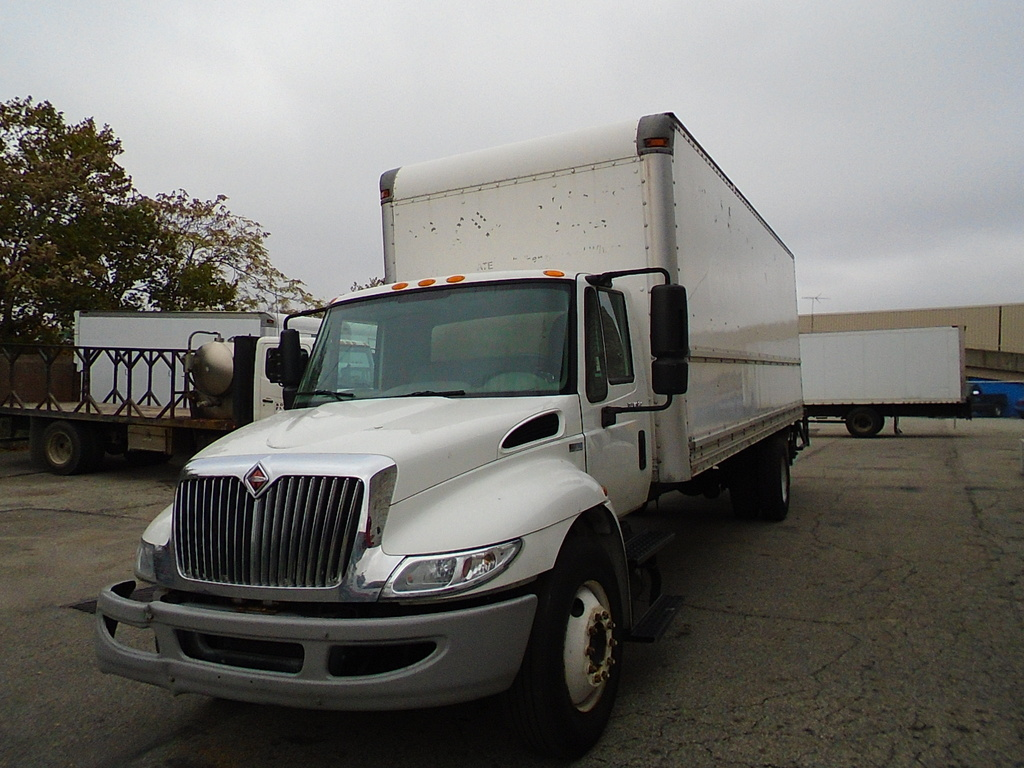 USED 2013 INTERNATIONAL DURASTAR BOX VAN TRUCK #1201