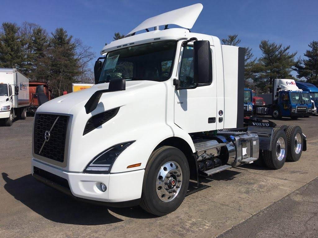NEW 2020 VOLVO VNR64T300 TANDEM AXLE DAYCAB TRUCK #88944