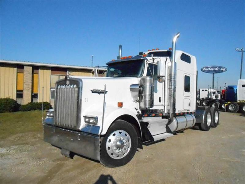 used 2003 kenworth w900 tandem axle sleeper for sale in ms. Black Bedroom Furniture Sets. Home Design Ideas