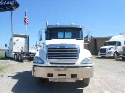 USED 2007 FREIGHTLINER COLUMBIA PRE EMISSIONS ROLLBACK TRUCK #6460-6