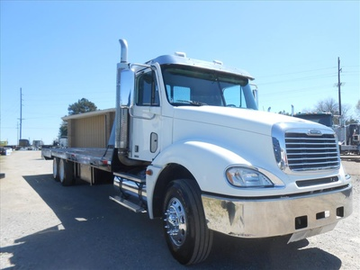 USED 2007 FREIGHTLINER COLUMBIA PRE EMISSIONS ROLLBACK TRUCK #6460-7