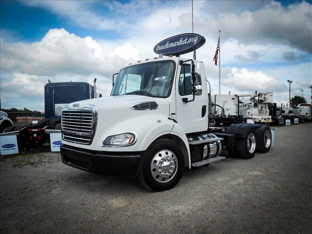 USED 2012 FREIGHTLINER M2 TANDEM AXLE DAYCAB TRUCK #6593