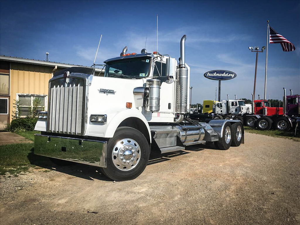 used 2003 kenworth w900 tandem axle daycab for sale in ms. Black Bedroom Furniture Sets. Home Design Ideas