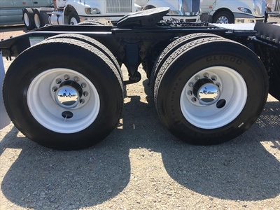 USED 2006 FREIGHTLINER COLUMBIA TANDEM AXLE DAYCAB TRUCK #6676-5