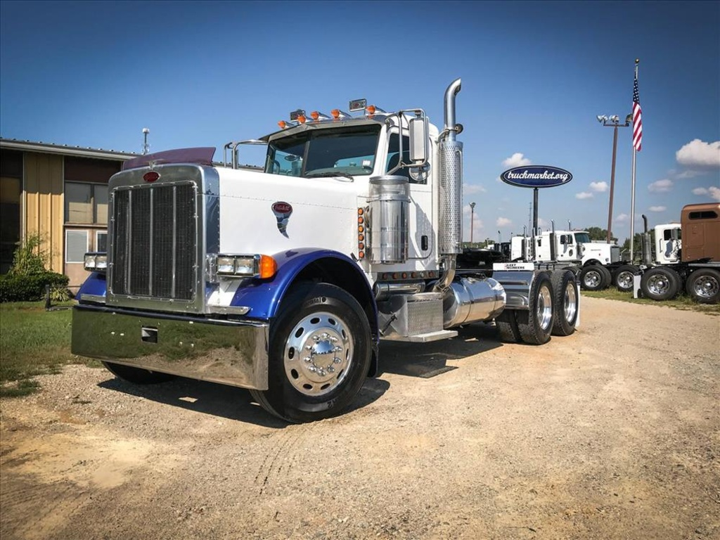 USED 2006 PETERBILT 379 EXHD TANDEM AXLE DAYCAB TRUCK #6685