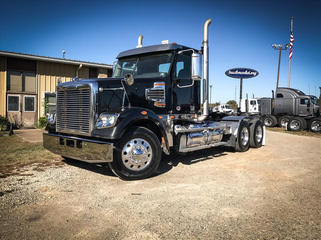USED 2012 FREIGHTLINER CORNADO TANDEM AXLE DAYCAB TRUCK #6708