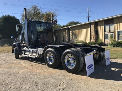 USED 2012 FREIGHTLINER CORNADO TANDEM AXLE DAYCAB TRUCK #6708-8