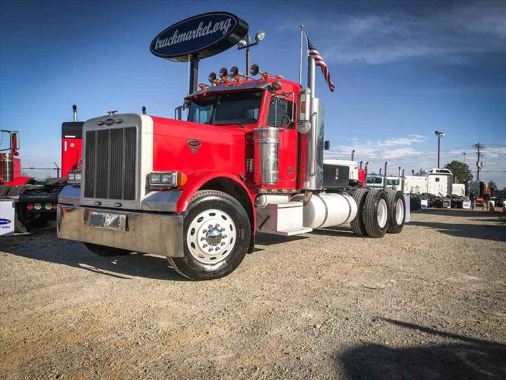 USED 2002 PETERBILT 379EXHD TANDEM AXLE DAYCAB TRUCK #6800