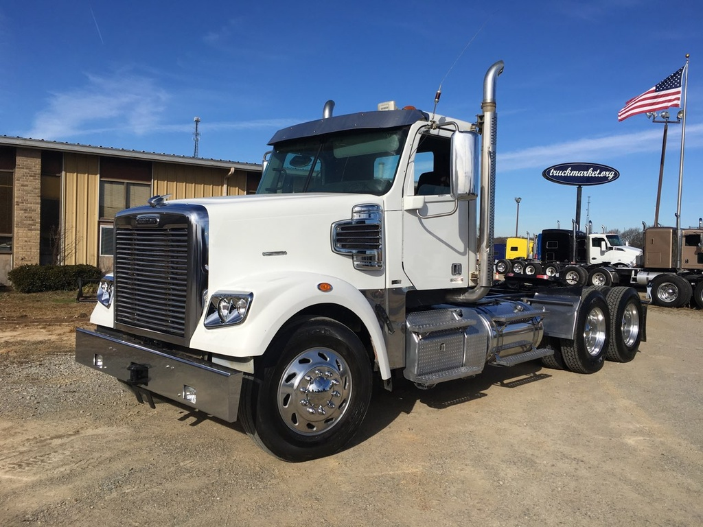 USED 2012 FREIGHTLINER CORONADO TANDEM AXLE DAYCAB TRUCK #6811