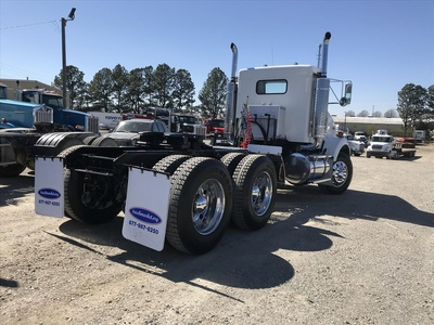 USED 2005 KENWORTH T800 TANDEM AXLE DAYCAB TRUCK #6844-4