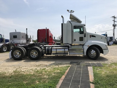 USED 2012 KENWORTH T660 TANDEM AXLE DAYCAB TRUCK #6929-4