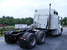 USED 2006 INTERNATIONAL 9200I TANDEM AXLE SLEEPER TRUCK #8131-3