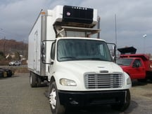 USED 2007 FREIGHTLINER M2 REEFER TRUCK #8423-2