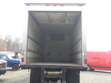 USED 2007 FREIGHTLINER M2 REEFER TRUCK #8423-5