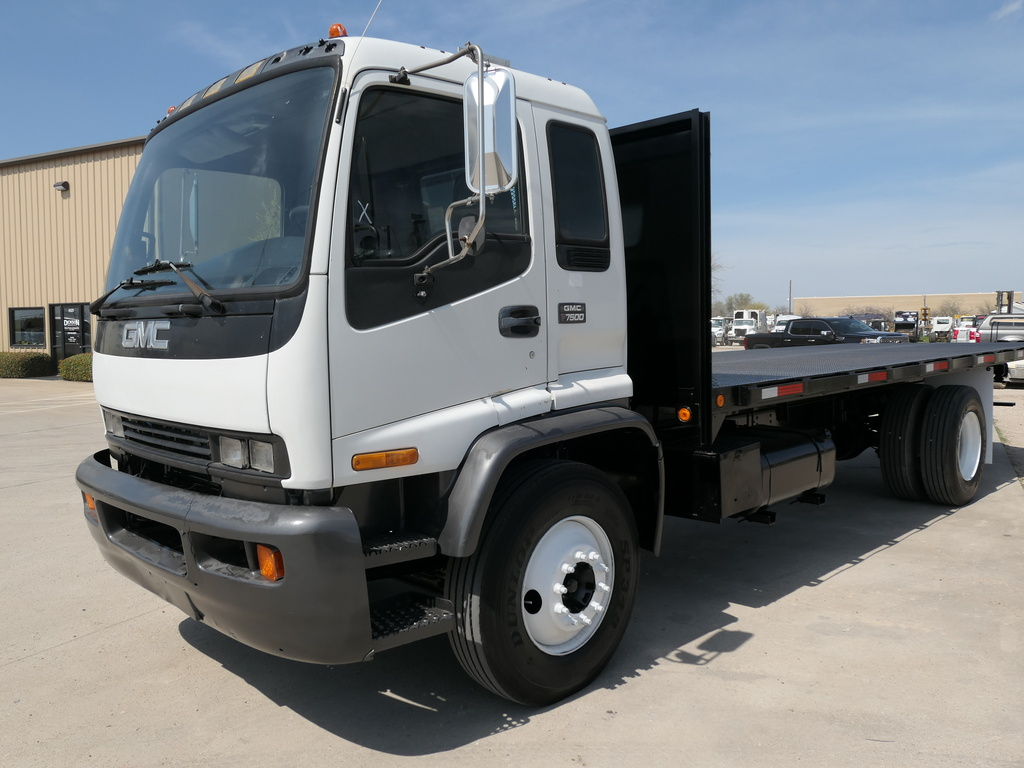 USED 2000 GMC T7500 FLATBED TRUCK #2476