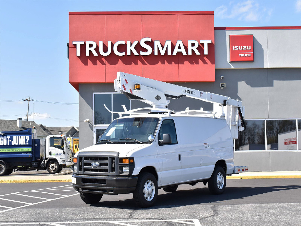 USED 2011 FORD E350 BUCKET BOOM TRUCK #669653