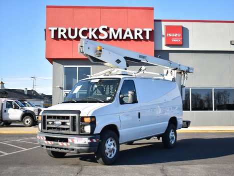 USED 2011 FORD E350 BUCKET BOOM TRUCK #12413