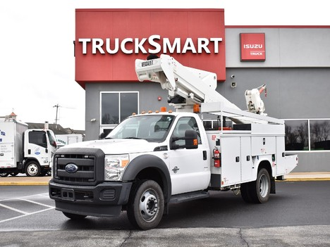 USED 2016 FORD F550 BUCKET BOOM TRUCK #12517
