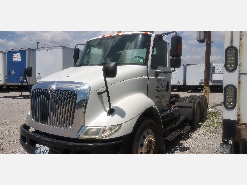 USED 2009 INTERNATIONAL 8600 HEAVY DUTY TRUCK #1068