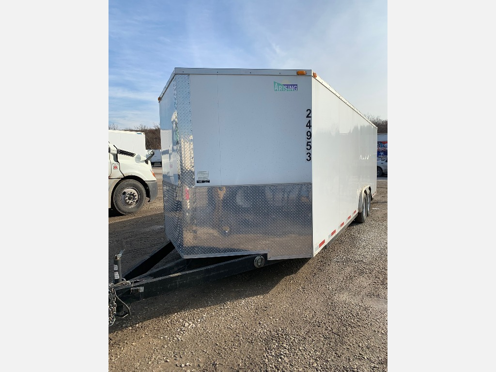USED 2014 UTILITY ENCLOSED CARGO TRAILER #1070
