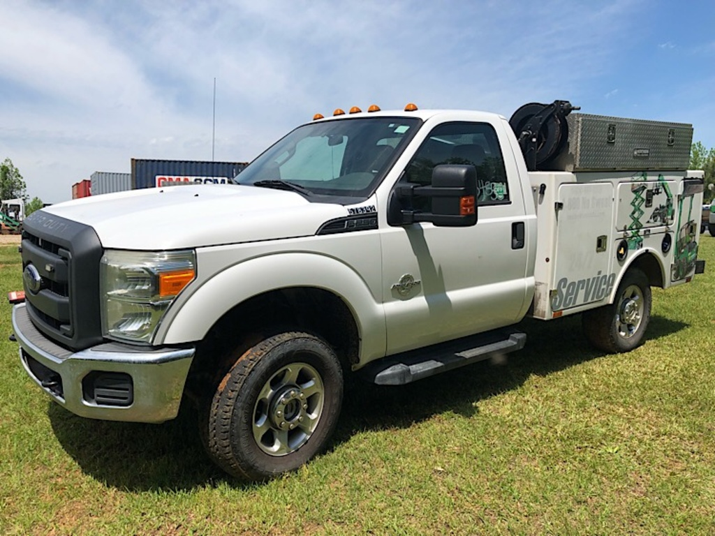 USED 2013 FORD F250 SERVICE - UTILITY TRUCK #3455