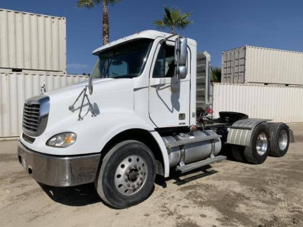 USED 2007 FREIGHTLINER COLUMBIA CL112 TANDEM AXLE DAYCAB TRUCK #3855